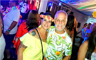 Festa Tropical no JIC Sucesso Total